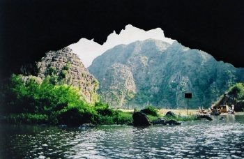 A DAY TO HOA LU ANCIENT CITADEL & TAM COC