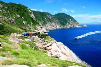 CHAM ISLAND - HAI TANG AND NGOC HUONG PAGODA