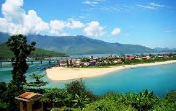 HAI VAN PASS AND LANG CO BEACH