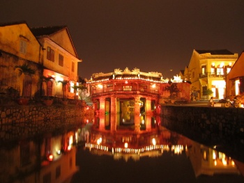 HOI AN - MYSTERIOUS NIGHT